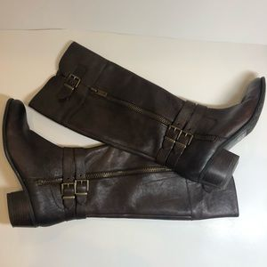 Arturo Chiangmai knee high brown boots with buckle